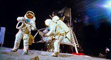 Algunas Reflexiones Sobre la (NO) llegada del hombre a la Luna by Mundo Desconocido
